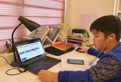 """""""Ngập"""" trong các quảng cáo lớp học online, phụ huynh cần làm gì để lựa chọn sáng suốt"""